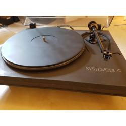Her ser du Systemdeck III med Helius Aurum med AudioNote sølvkabel fra