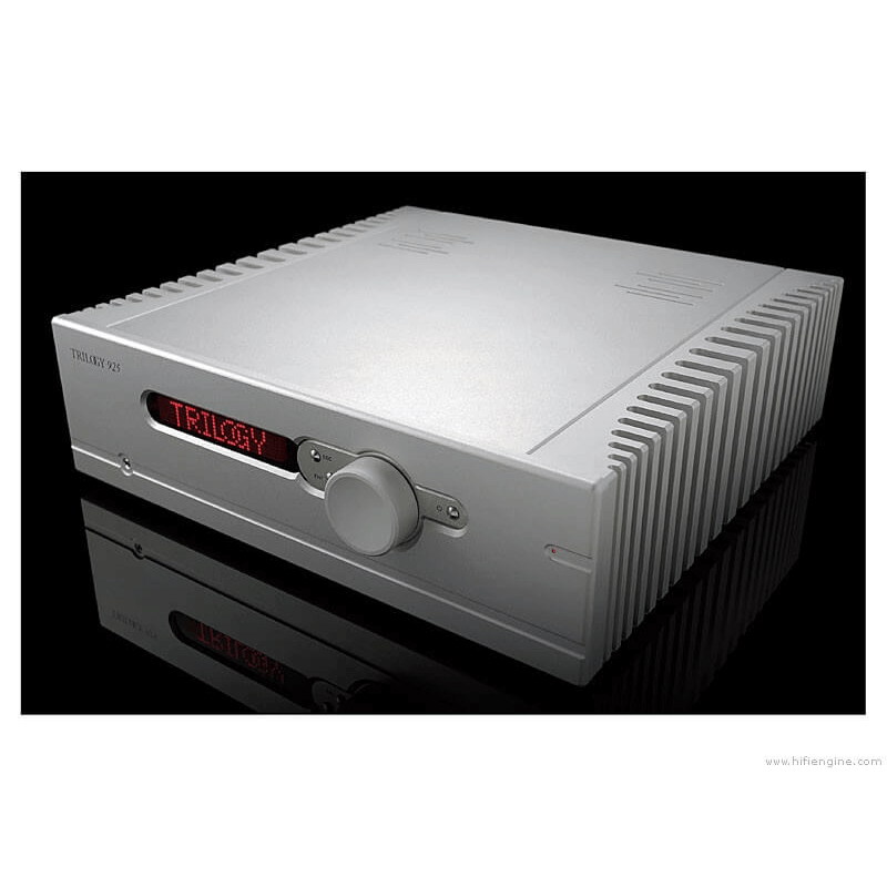 Her ser du 925 Integrated amplifier 135W fra Trilogy Audio