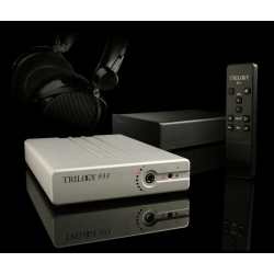Her ser du 933 Headphone amp fra Trilogy Audio